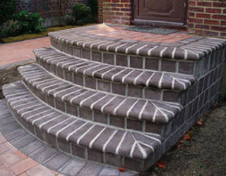 cement and brick stairway bullnose paving