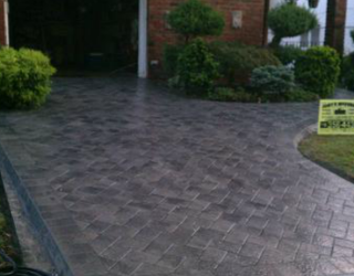stone driveway installed by pavers